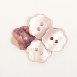 Pärlemor-knappar